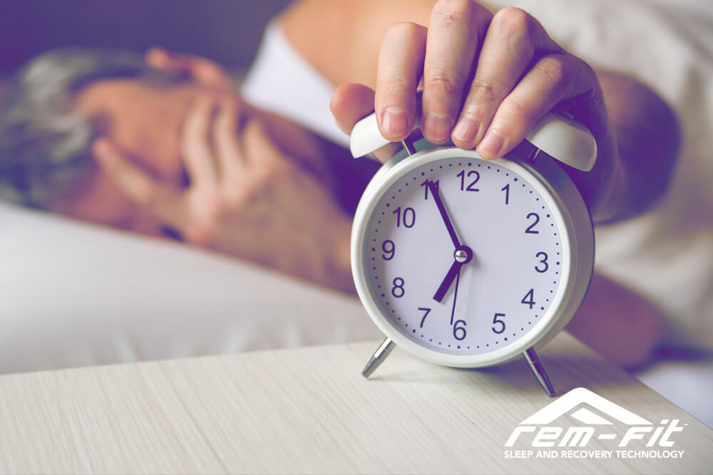 Keep Hitting Snooze? Here's How to Bounce Out of Bed